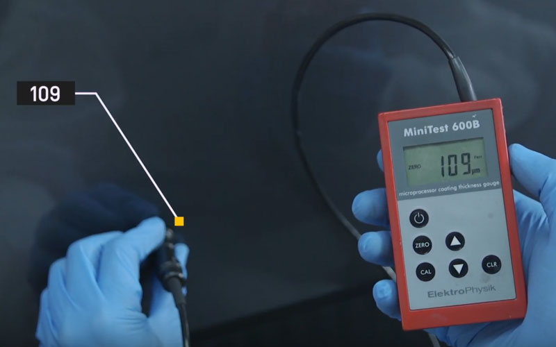 Usar el micrómetro para conocer el micraje de capa